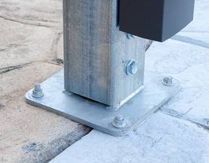Steel Post Onto Footing Plate